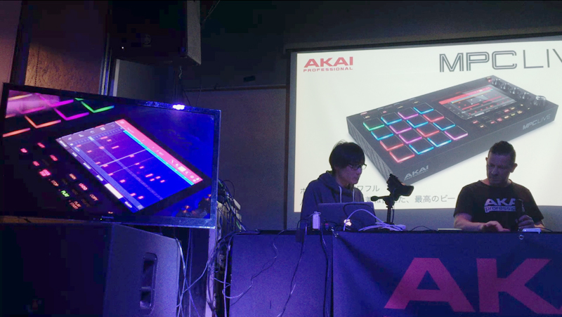 2_LIVE_performance